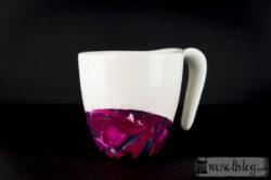 Marmmorierte Tassen mit Nagellack