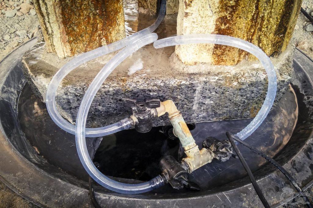 Quellstein-Brunnen-einbauen